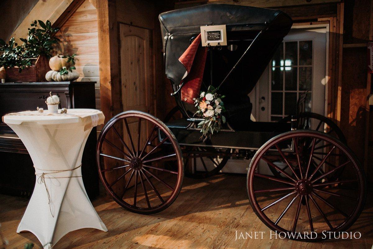 vintage carriage wedding decor