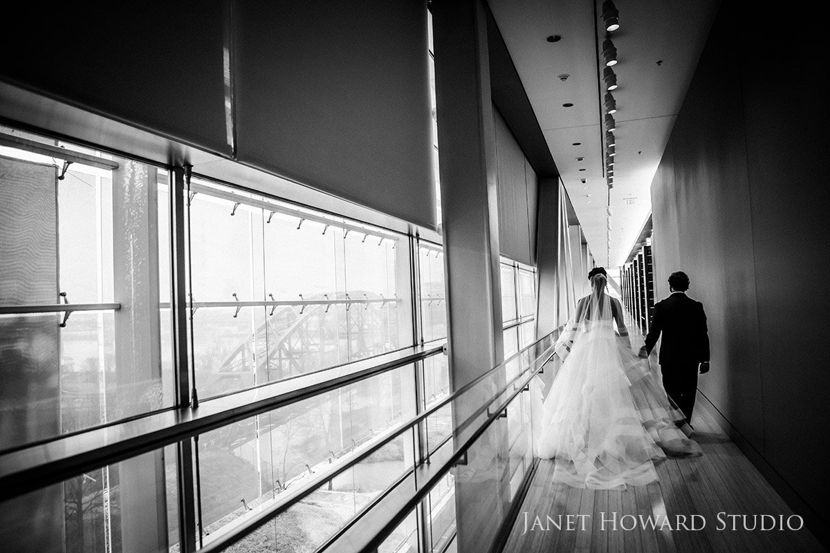 bride and groom at Clinton Library