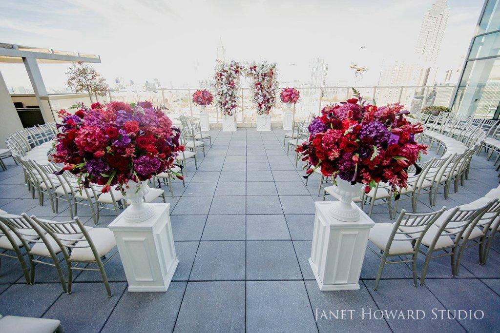 Ceremony decor by Edge Design Grup