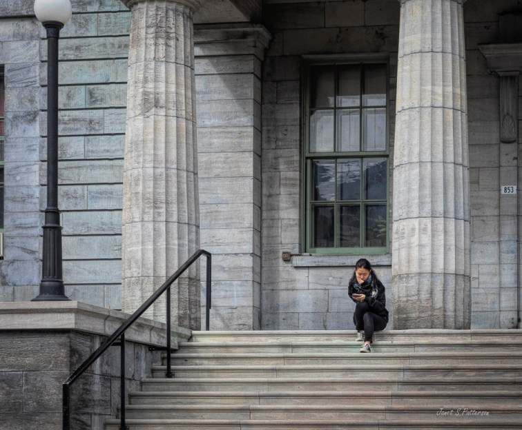 Stairs, People, artchitecture, Montreal, McGill University, 2019