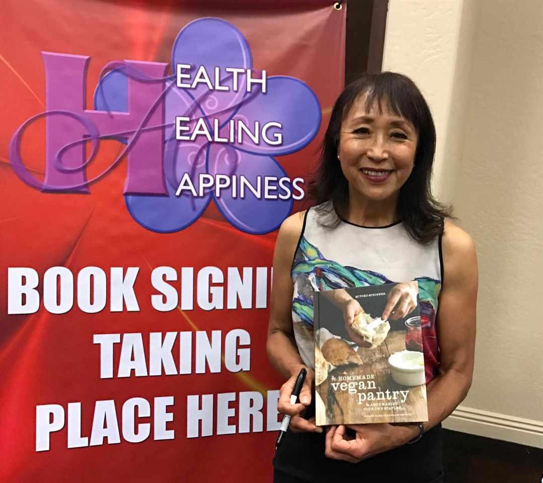 HH&Happiness Miyoko after talk 6:11:17