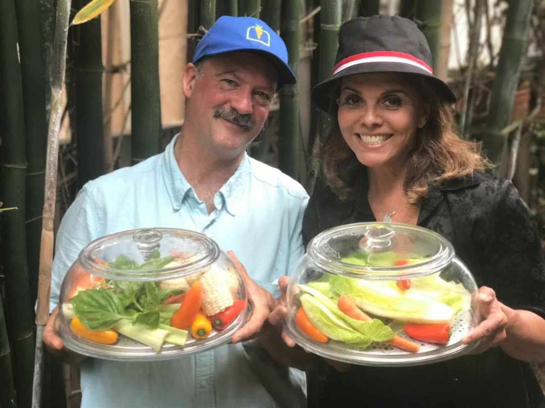LBL Duncan Burns with Jane & VeggiDomes
