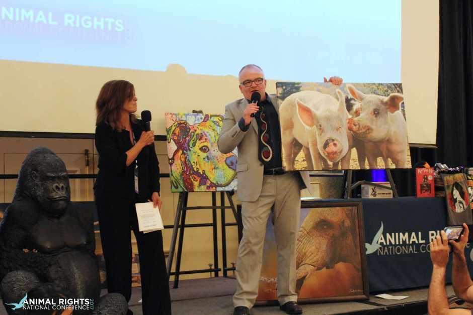 AR 2017 JVM Auction with Pig Portrait