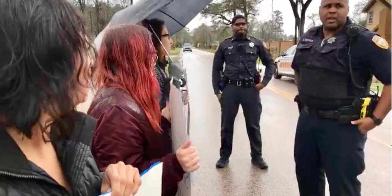 Small Texas Town Sheriffs Protect Animal Activists Holding A Vigil Outside Slaughterhouse