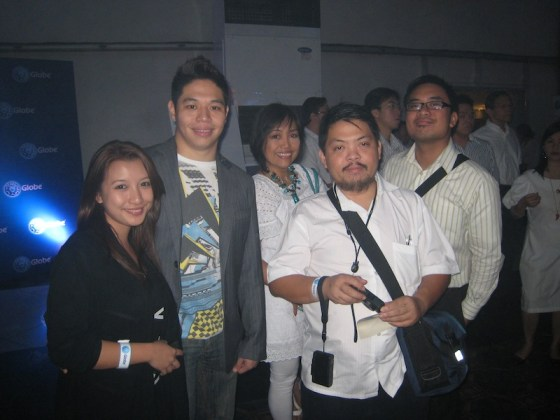 Coy with Globe 2010