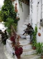 steps in Margarites