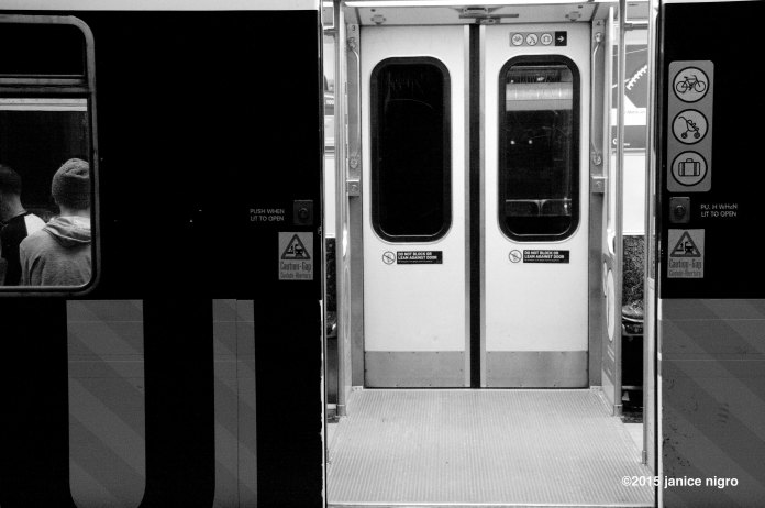 metro 6422 copyright