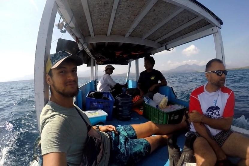 Nicnierobienie to też na przykład dzienny wypad na rafy wokół wyspy Mendżjangan.