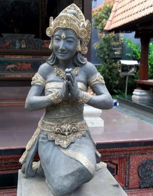 to NIE! Nadal jesteś na Ziemi, tylko w innej szerokości i długości geograficznej. Na Bali. I to na jawie.