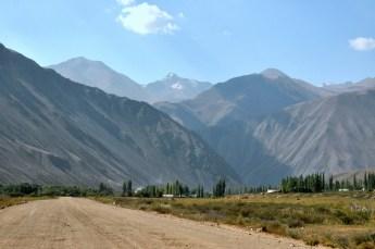 Kirgistan to zdecydowanie kraj górzysty. Wszędzie i dookoła.