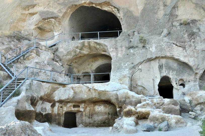 Mieszkało tu w pewnym momencie nawet 2 tysiące mnichów, bo Wardżia była centrum religijno-kulturowym.