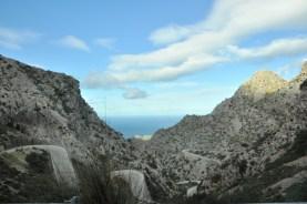 ... serpentynką z Coll dels Reis do Sa Calobra.