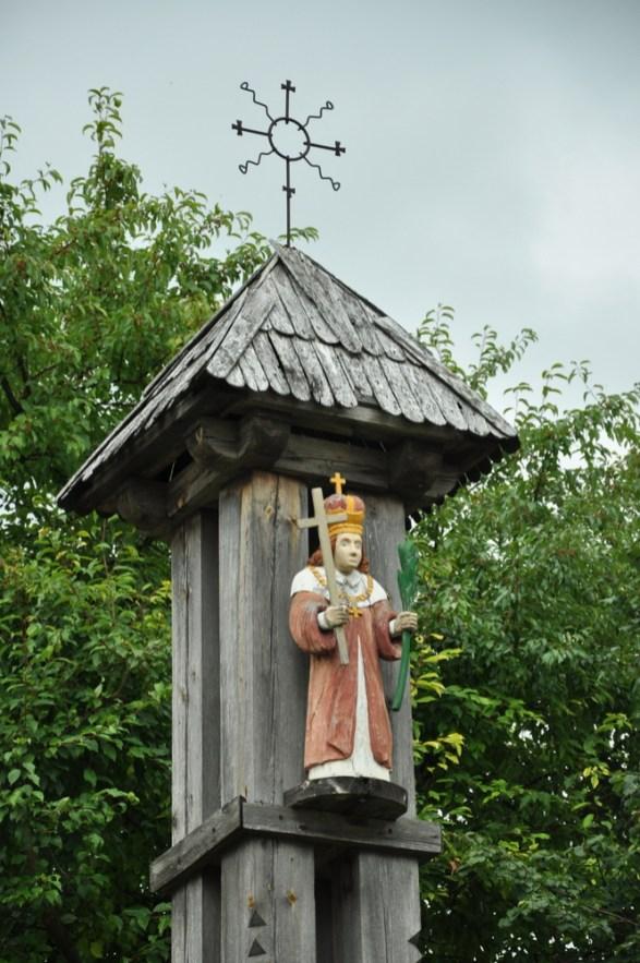Kolejny krzyżosłup - św. Kazimierz (patron Litwy). Merecze nad Niemnem.