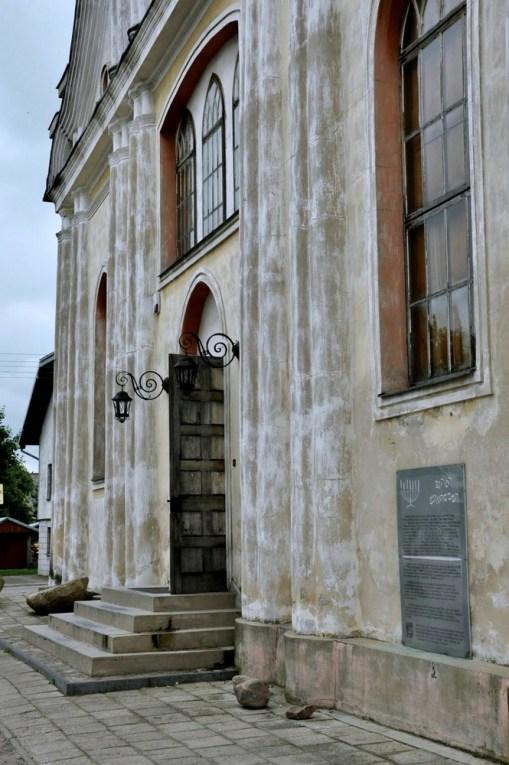 Podczas i po II wojnie światowej budynego zdewastowano i nigdy już nie pełnił funkcji synagogi.