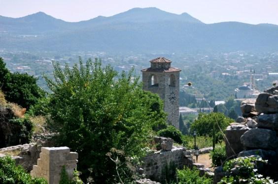 Z górnej części ruin rozciągają się widoki 360 stopni - świetny punkt obserwacyjny.