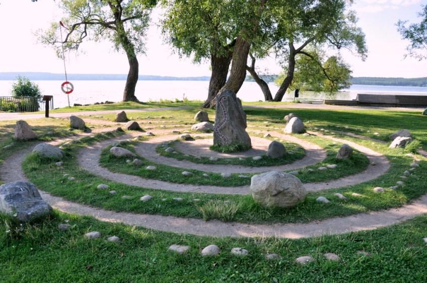 Jeden z licznych kamiennych kręgów w otoczeniu Sigtuny.