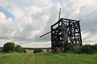 Spalony wiatrak w Malawiczach. Typ: wiatrak sokólski. Do lata 2011 (kiedy spłonął) był najlepiej zachowanym wiatrakiem tego typu na Sokólszczyznie...