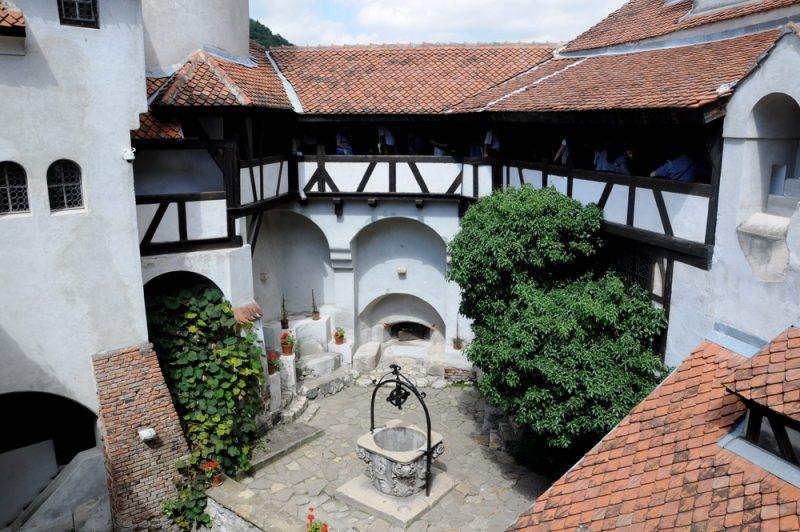 Zamek Bran jest za słodki , by mieszkał w nim Wlad Palownik vel Drakula.