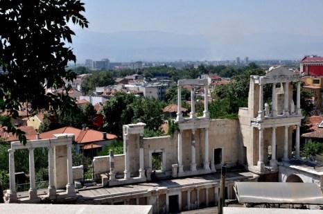 Płowdiw - najstarsza część miasta - rzymski amfiteatr zbudowany przez cesarza Trajana. Nadal odbywają się tu koncerty i przedstawienia teatralne.