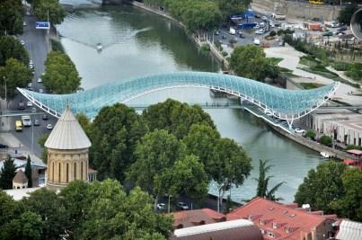Most Pokoju.