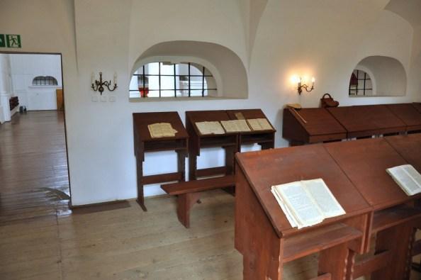 Babiniec, z którego kobiety mogły obserwować nabożeństwo. Kobiety nie wchodziły do centralnej części synagogi, aby nie rozpraszać uwagi modlących się panów :)