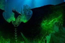 Maleficent Mistress of Evil trailer