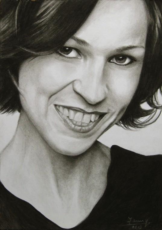 Katrin, Portrait Kunst, Kohlezeichnung