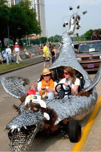 The Art Car Parade in Houston started in 1988 with 40 cars. Today, more than 250 fancified cars participate, drawing crowds of more than 250,000.