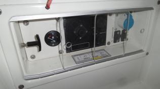 Motorpanel mit Plexiglasschiebetüren 5
