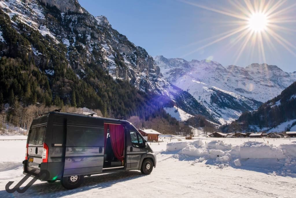 Hoe blijf je warm in je camper - winterkamperen