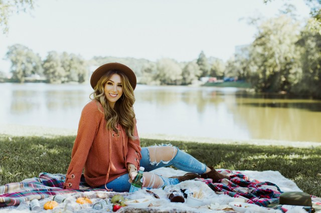 what to wear to a fall picnic