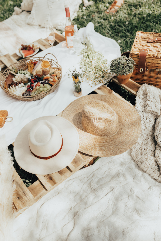 boho inspired picnic
