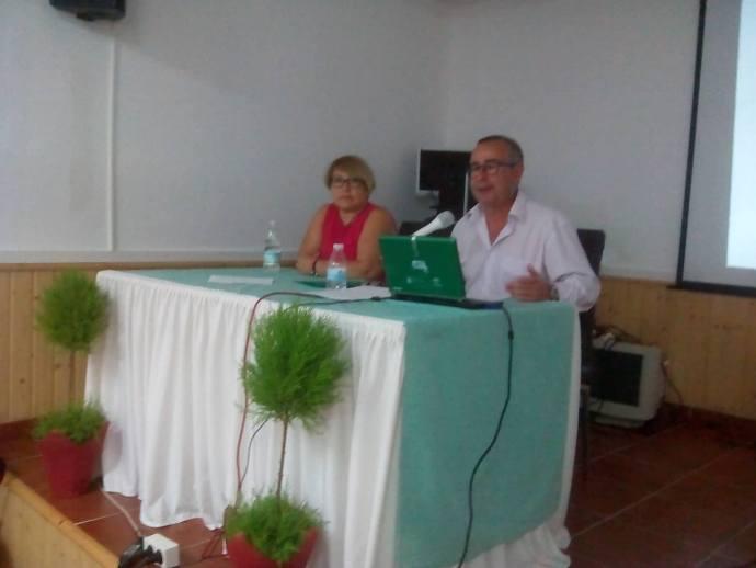 Instantánea de la conferencia sobre el Mary Celeste en Palmones de J. A. Ortega
