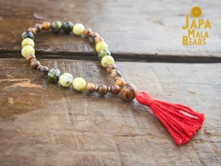 Qinan Sandalwood Yellow Turquoise Buddhist Mala