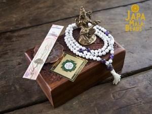 Saraswati Mala Altar Set