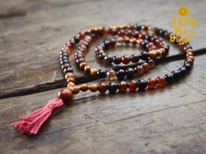 Red Agate and Sibucao Wood Full Mala