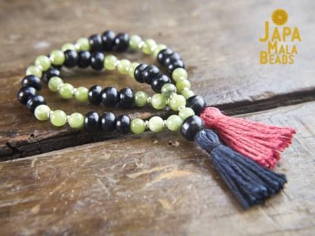 Black Horn and Green Garnet Bracelet Malas