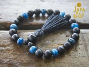 Black Onyx Apatite Bracelet Mala