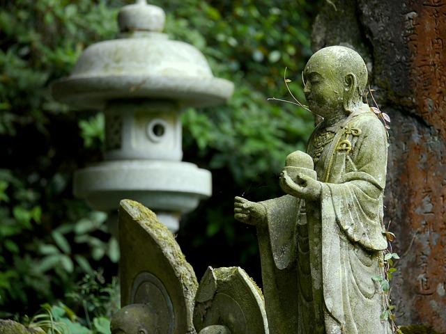 guardian-deity-of-children-66626_640