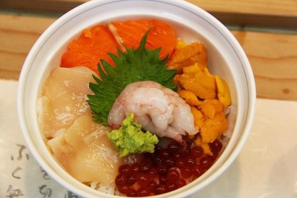 sea-urchin-957184_640