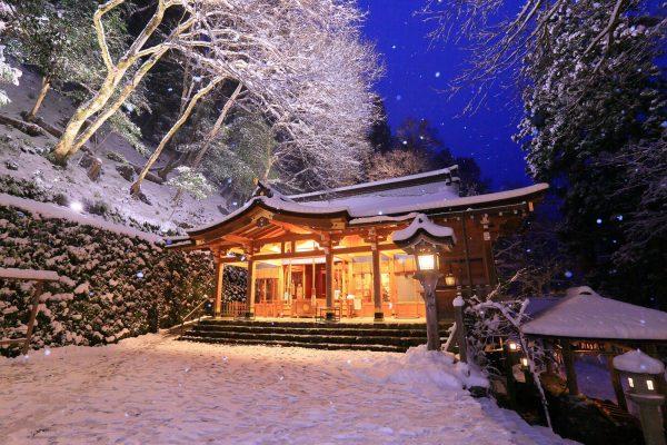 Lighting Up in Kifune Shrine~Fantasic Winter Night Snow~