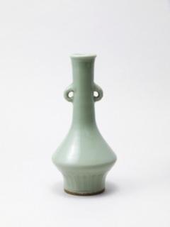安芸浅野家伝来の青磁珠算玉花入 写真提供:野村美術館