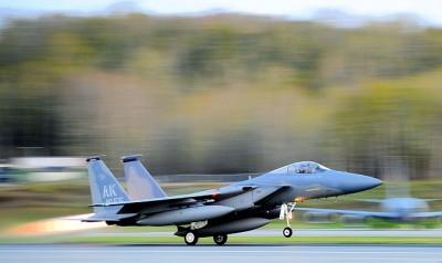 take-off-84229_640