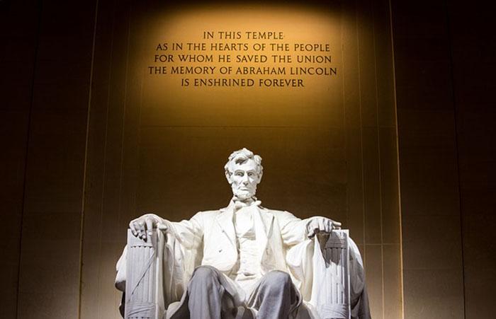 アメリカ大統領の像