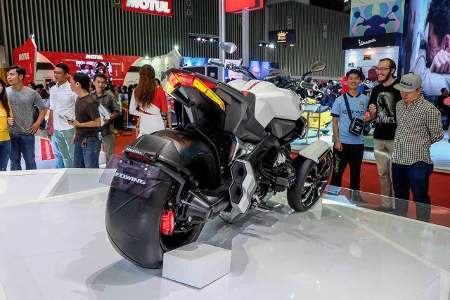 Honda NeoWing rear
