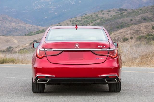 2020 Acura RLX rear look
