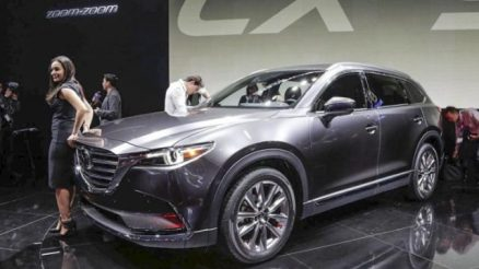 2021 Mazda CX-9 front