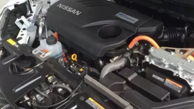 2021 Nissan X-Trail engine