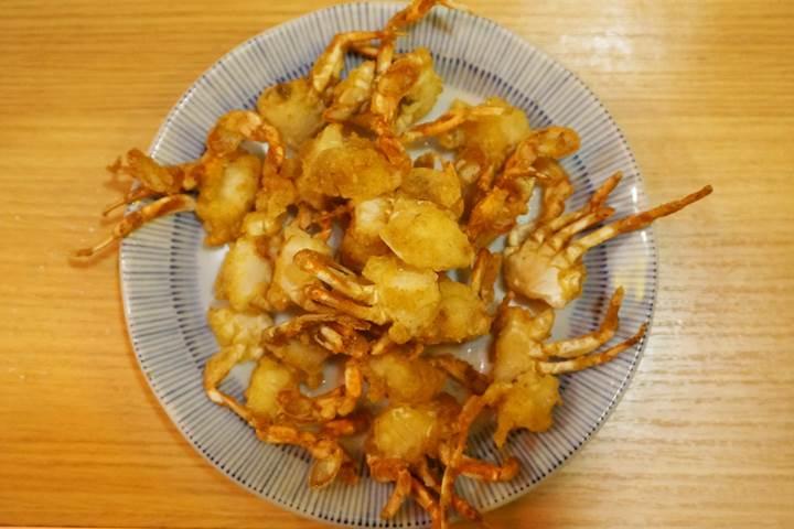 Banpaiya 晩杯屋 Deep fried small crab 姫ヒラ爪蟹(ひめひらつめがに)の唐揚げ