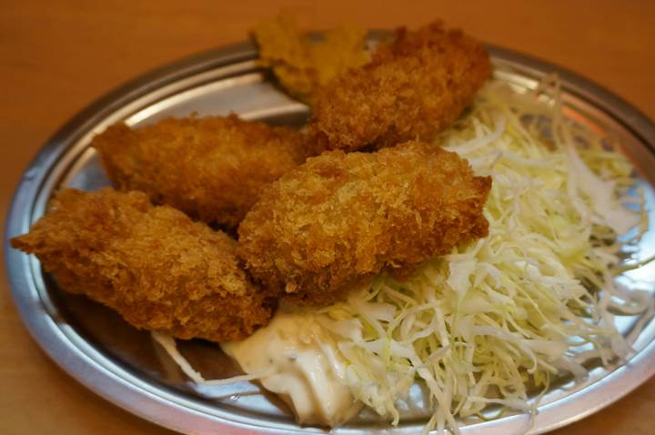 Banpaiya 晩杯屋 Deep fried oyster カキフライ